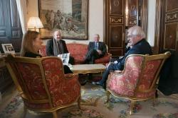 O presidente da RIET aborda con Ana Pastor a Interparlamentaria de Fronteira