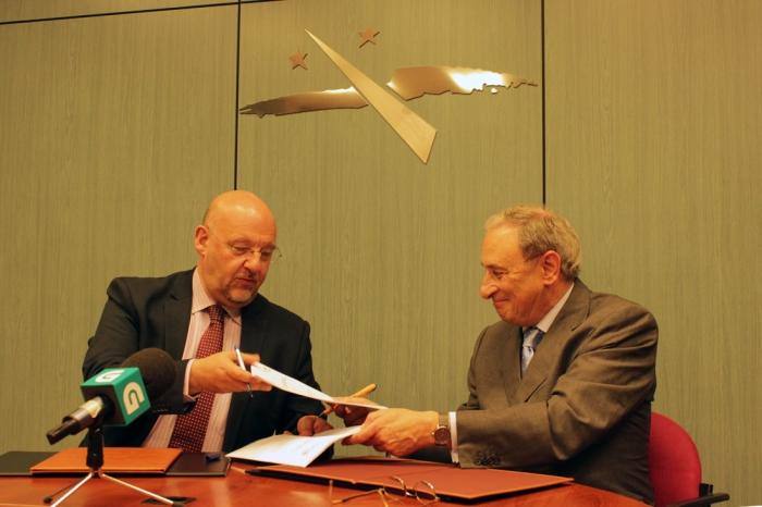 El Eixo Atlántico y la CRTVG firman un convenio de colaboración