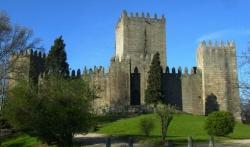 Más de 700 mil visitas al Pazo de los Duques y Castillo de Guimarães en 2016