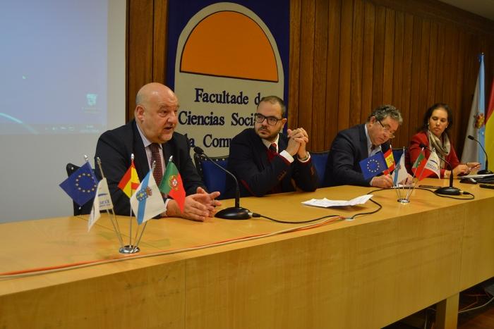 Técnicos municipales de las ciudades del Eixo Atlántico conocieron los retos de la contratación pública en un seminario